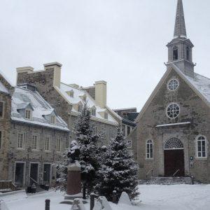 Église enneigé